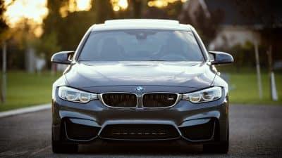 Acheter une voiture : pourquoi passer par un mandataire auto ?
